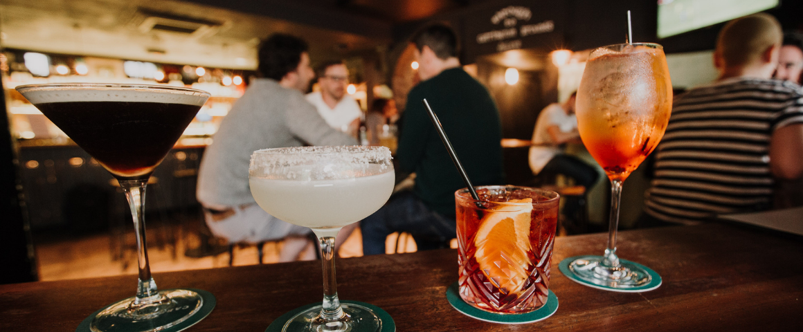Enjoy $10 late night cocktails every day at The Carrington from 9pm to 10pm.
